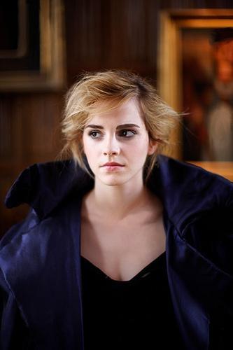 Emma Watson Funny Faces. emma watson short hair