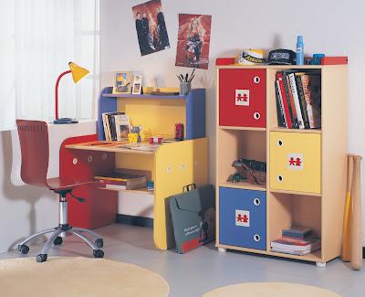 Tip choose to study children's desk furniture