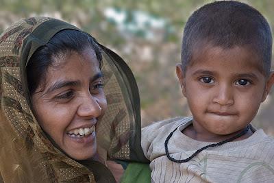 Mother & child, Barda Hills