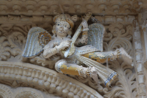 Angel, broken, at Jamnagar.