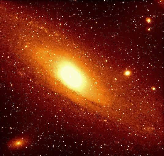 LAS ESTRELLAS (EL SOL) Andromeda