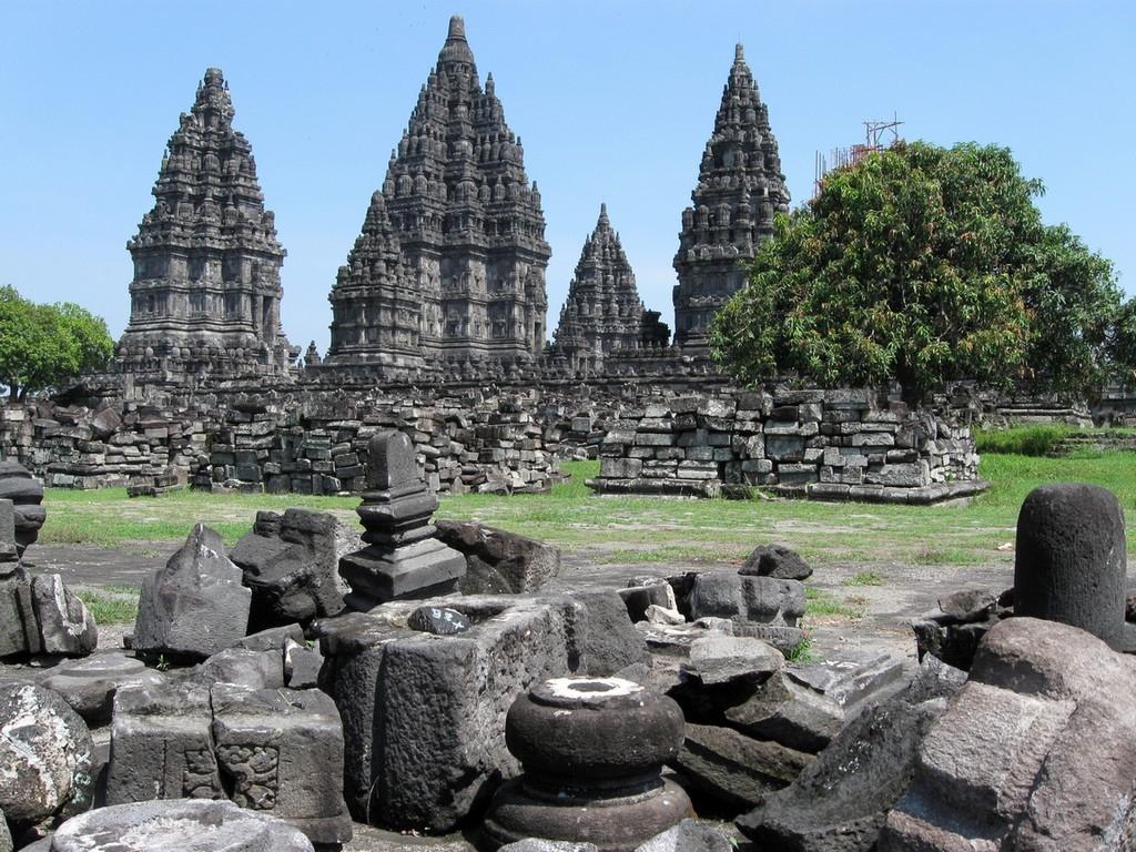 Peninggalan Hindu Budha