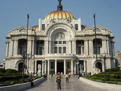 Most popular tourist places world 39 s most attraction for Best place to stay in mexico city