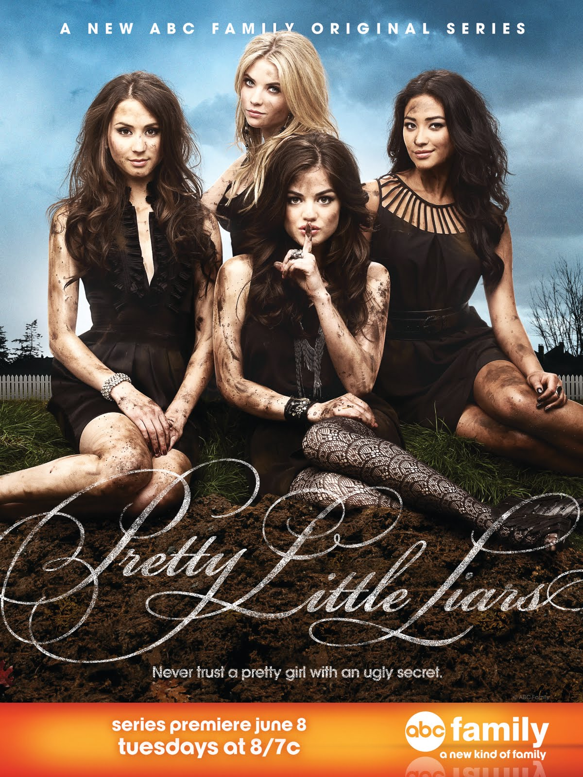 Pretty little liars debut yesterday isn t it pretty and racy at the