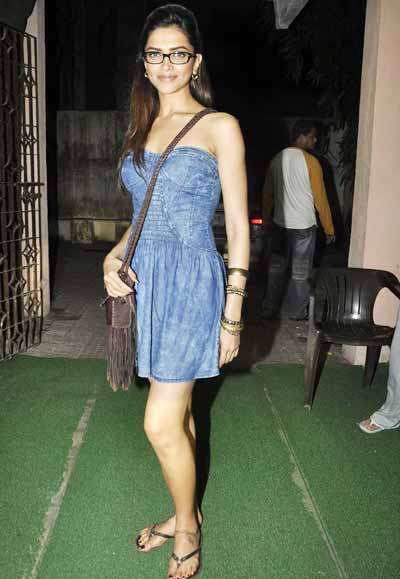 deepika padukone at break ke baad special first screening