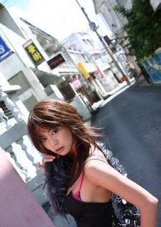 http://4.bp.blogspot.com/_aqAhQtfcBTI/S7093I9ExFI/AAAAAAAAAQE/4XRPZK4O3WQ/s320/foto+cewek+cantik+seksi+mau+telanjang.jpg