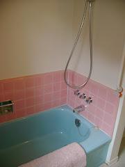 perfect blue bathroom