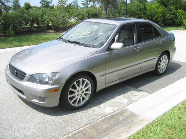 gary hughes sales manager 2003 lexus is300 85k mi silver automatic. Black Bedroom Furniture Sets. Home Design Ideas