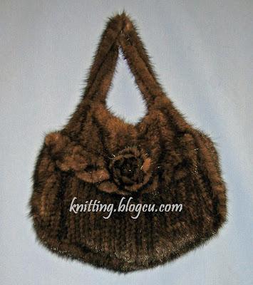 http://4.bp.blogspot.com/_asOPg97loB0/SiotU-OEVLI/AAAAAAAABOY/dQ4Xv-vISHM/s400/knitting+bags+orgu+canta.jpg