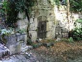 En passant par Cyrano, Quelquepart... Sous le Château....  2005