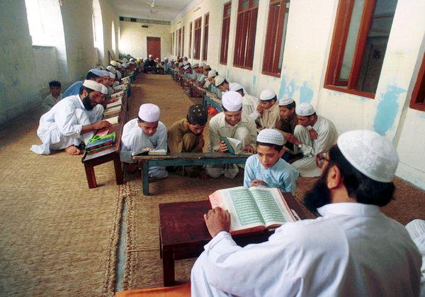 [madrassa-karachi.jpg]