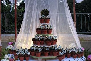 Удивительный свадебный торт