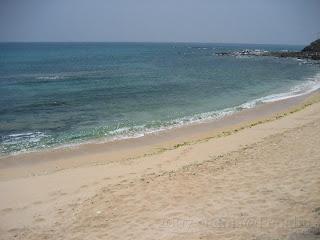裡正角海灘-讚!青藍色的海水-讚!潮間帶-讚讚讚!