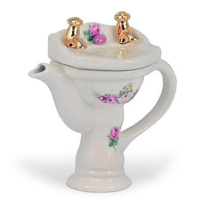 اجدد ابريق الشاي بتصميمات غريبة للعرائس 2015