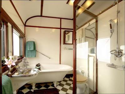 http://4.bp.blogspot.com/_ax5ZIdFoW1U/Srhymvpze-I/AAAAAAAAW9g/2R2oqxJ-EPg/s400/pride-of-africa-train-04.jpg