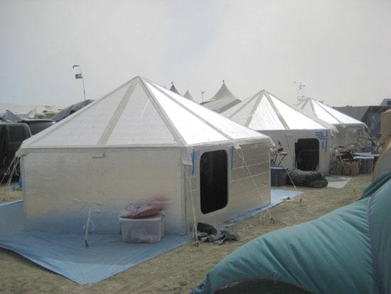 Emergency Generators Shelters : Zach geiser homergent shelters help the needy