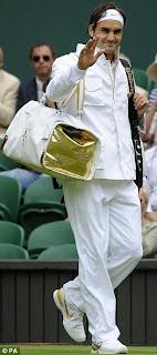 fashion at wimbledon 2009, roger federer in multi pocketed jacket