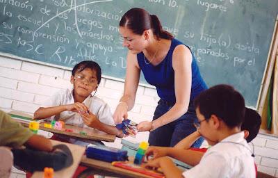 http://4.bp.blogspot.com/_b5Kiu_qKy9U/SaWkX_tVCQI/AAAAAAAAAB8/JE6h5EmkBuQ/s400/educacion_especial.jpg