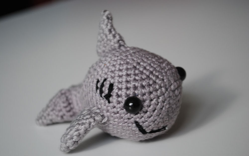 Amigurumi Shark Crochet Pattern : Fun and Fang: He is not scary... He is cute.....