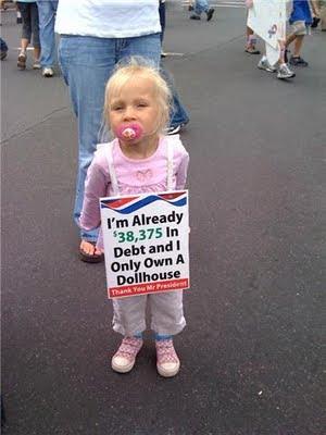 http://4.bp.blogspot.com/_b73SebahXiA/StDNOKodqlI/AAAAAAAAAh4/VBP6TY3yI6g/s400/propaganda+kid.aspx