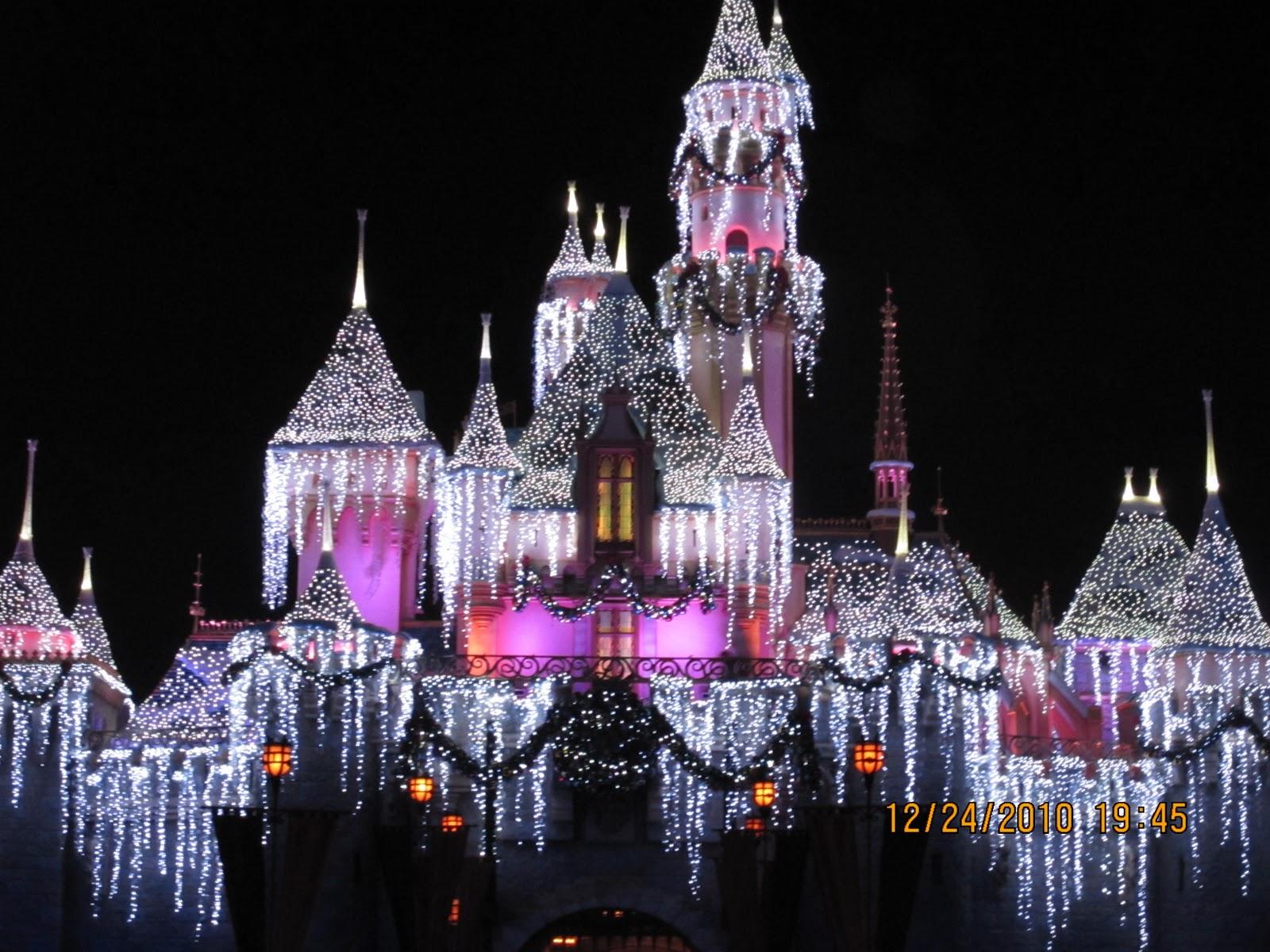 such a pretty castle in Disneyland (: