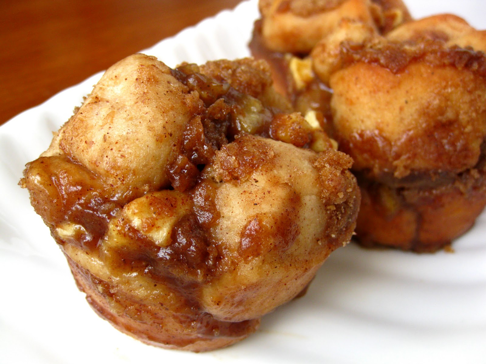 Scientifically Sweet: Apple Cinnamon Monkey Bread Muffins