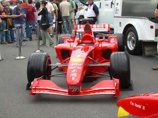 F1 en exposición (foto Adrian)