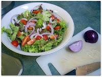 La cebolla rojo, una buena aliada para las ensaladas
