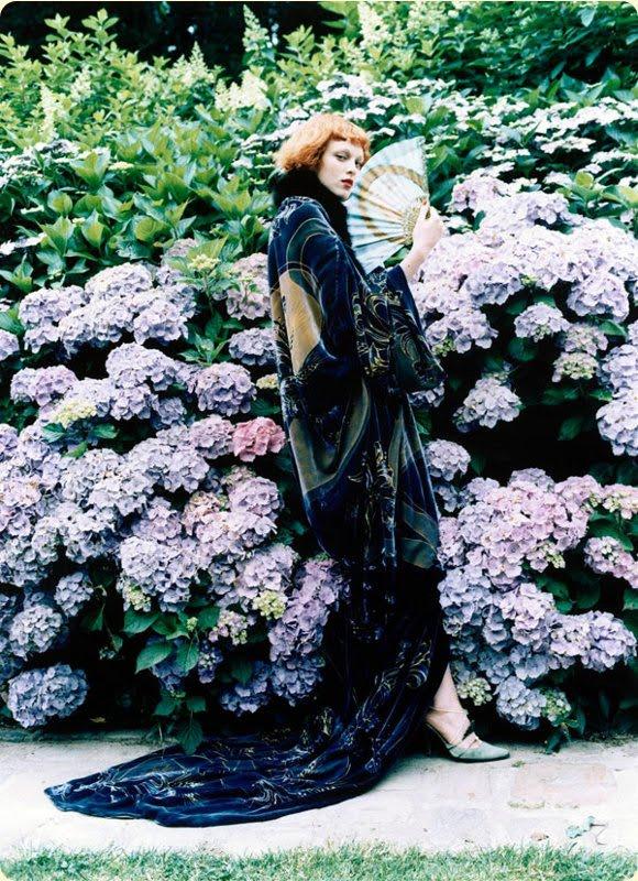 Karen Elson channels Klimt's leading lady, Emilie Floge.