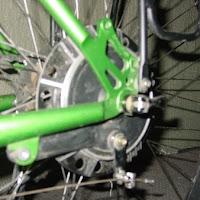 Bicycle drum bracke