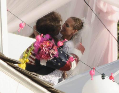 heidi klum seal renew wedding vows. Heidi Klum amp; Seal Renew Wedding Vows