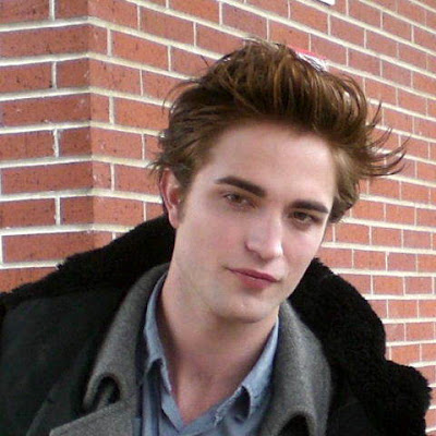 Robert Pattinson Wallpapers | Robert Pattinson Photos