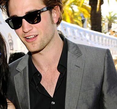 Robert Pattinson Wallpapers | Robert Pattinson Photos