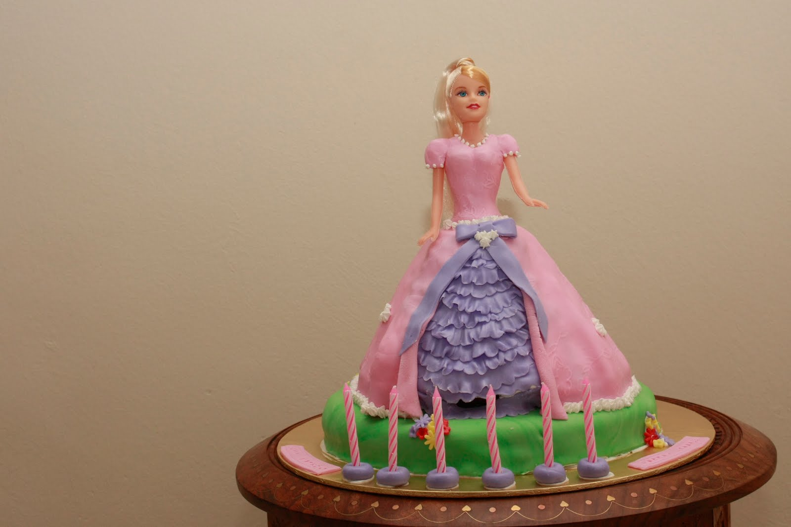 3D Princess Cake Swirl of Colors
