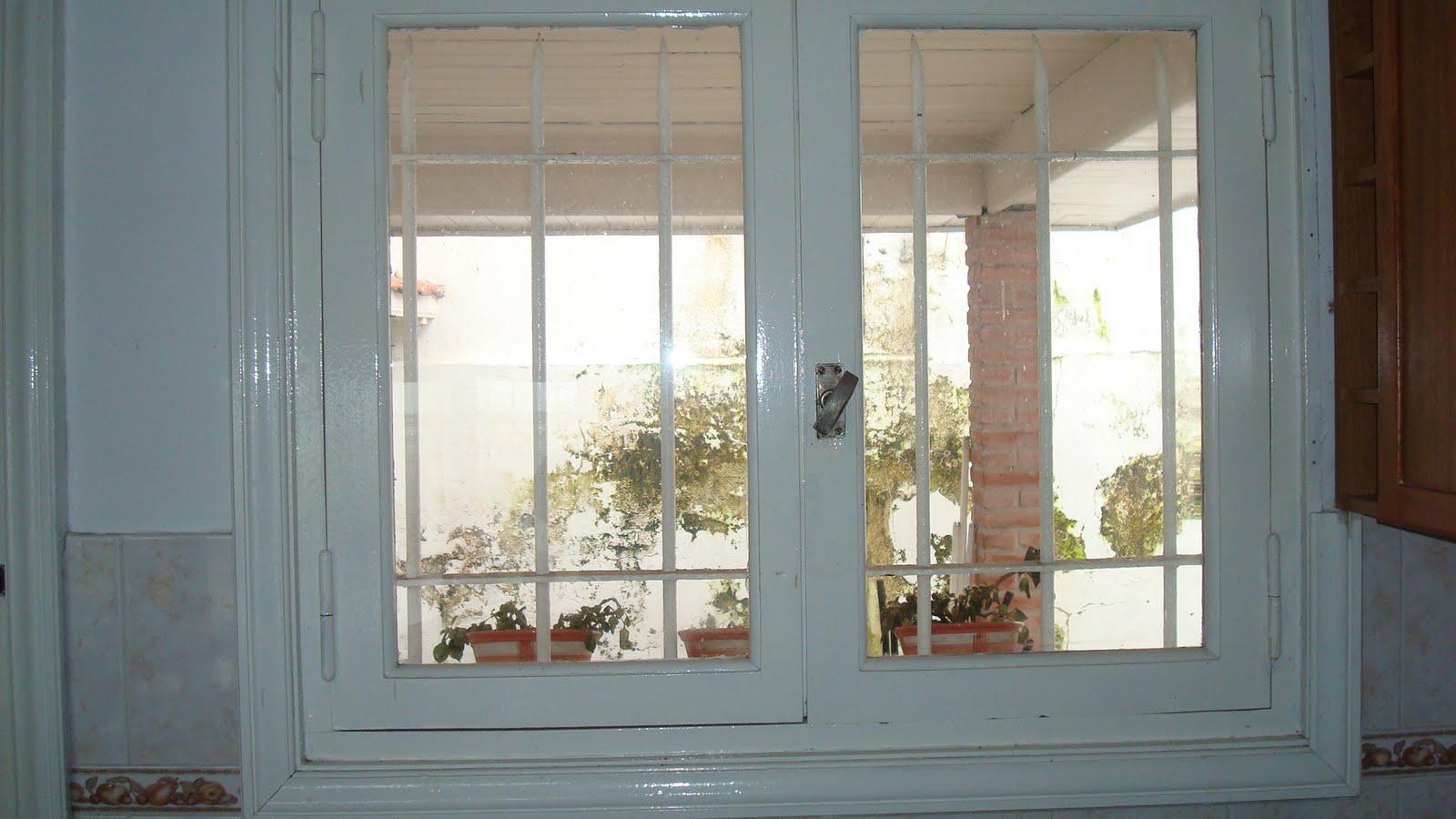 Ventiluz Baño Medidas: madera en diferentes medidas con rejas, perciana americana y vidrios