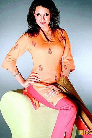 Pak Celebrity Gossip: Nirma Biography