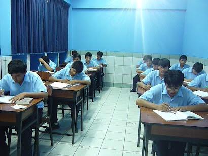 Alumnos del SENATI - RÍO NEGRO -2010-Aula 101