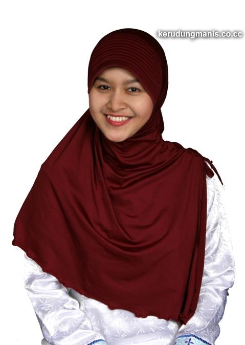 Jilbab Merah Marun