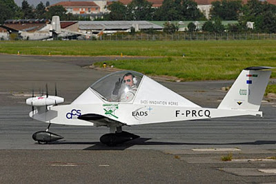 Cri-Cri - the smallest electric aircraft in the world