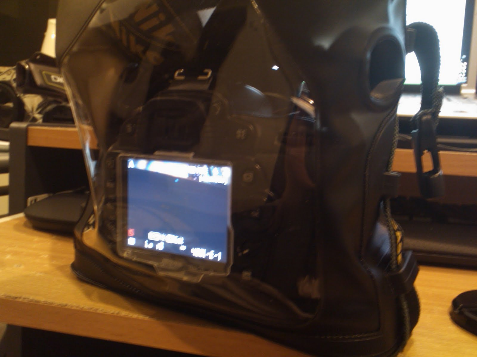 Anthonyleong Diary Dicapac Wp S10 D20 Part 1 Updated Waterproof Case For Slr Dslr Cameras First Round Of Testing And Video Cam In With D90 Liveview