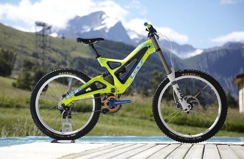 sepeda gunung gt bicycles