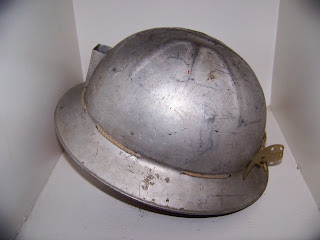 les lampes carbure casque de mineur en aluminium. Black Bedroom Furniture Sets. Home Design Ideas