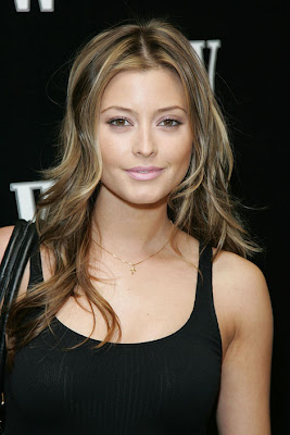 holly valance blonde highlights