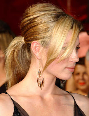 Picture Gallery of Various Jessica Biel Blonde Hairstyles