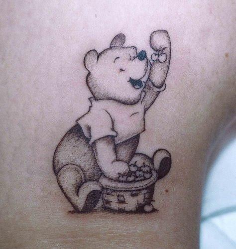 Tattoo for girls designs photos winnie the pooh tattoos for Winnie the pooh tattoo