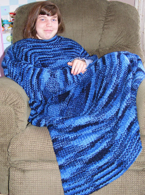 Knitting Pattern Central Easter : KNITTING PATTERN FOR SNUGGIE DESIGNS & PATTERNS