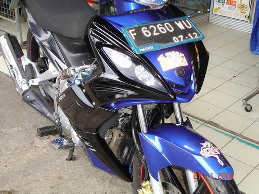 BODY KIT UNTUK MOTOR JUPITER MX WARNA HITAM DOF