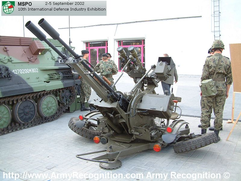 ZU-23-2_MSPO_2002_Poland_01.jpg