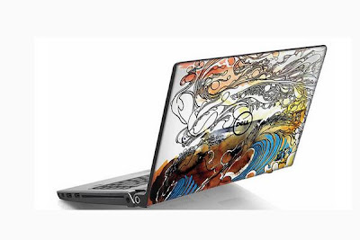 60 Creative Laptop Skins