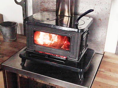 Heaters, Stoves + Fireplaces | Northern Tool + Equipment - NORTHERN TOOL WOOD COOK STOVES €� BEST STOVES